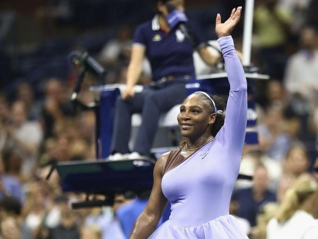 Feminin Sporty, Gaya Serena Williams Bertanding Pakai Kostum Balerina Ungu