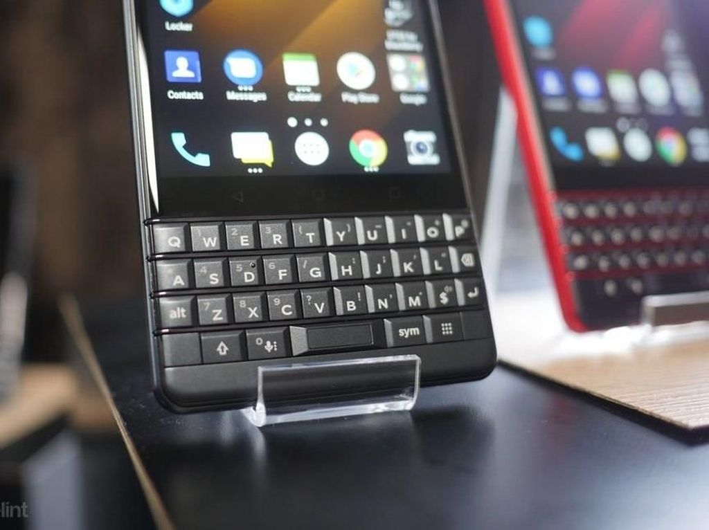 BlackBerry Tunda Peluncuran Smartphone Flagship Terbarunya