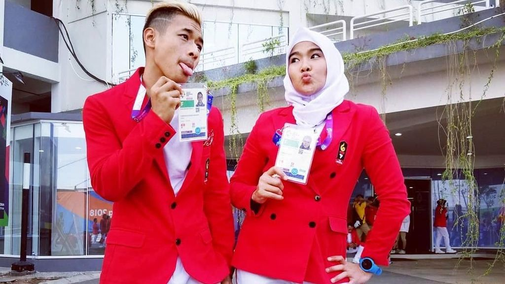 Kemesraan Hanifan dan Pipiet, Pasangan Pencak Silat Raih Emas di Asian Games