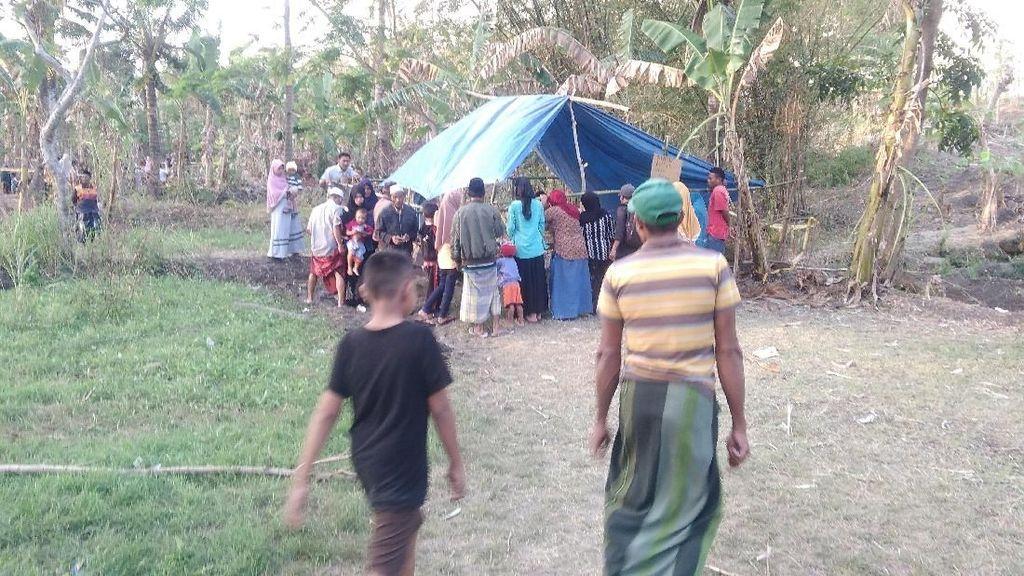 Foto: Heboh Semburan Lumpur di Lombok Bisa Obati Stroke