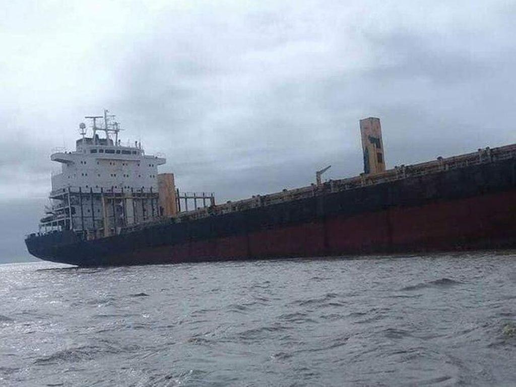 Myanmar Cari Pemilik Kapal Hantu Berbendera RI yang Kandas