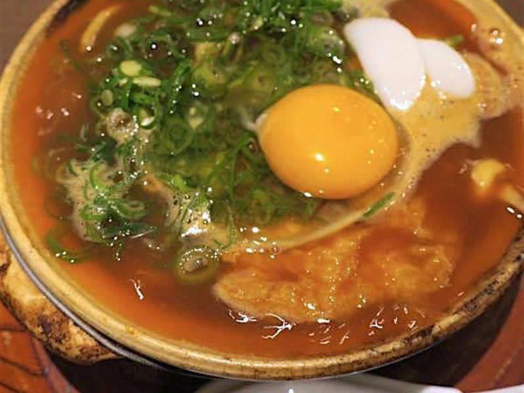 Sluurp! Hangat Gurih Udon Berkuah Miso Merah Khas Nagoya
