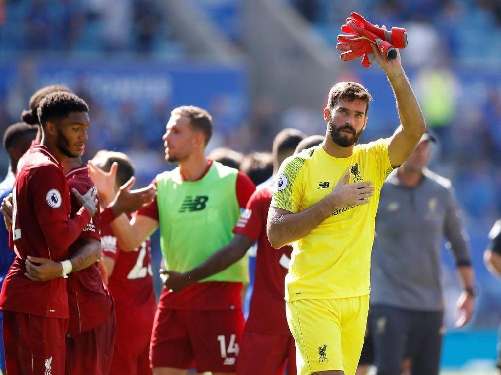 Alisson Blunder: Fans Liverpool Kecewa, Karius Dibawa-bawa
