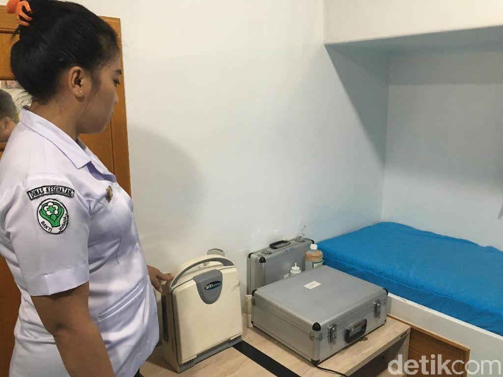 Melihat Satu-satunya Layanan Kesehatan di Pedalaman Papua Barat