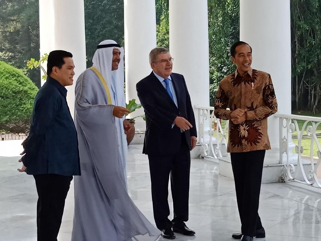 Bareng Erick Thohir, Jokowi Sambut Presiden IOC dan OCA di Bogor