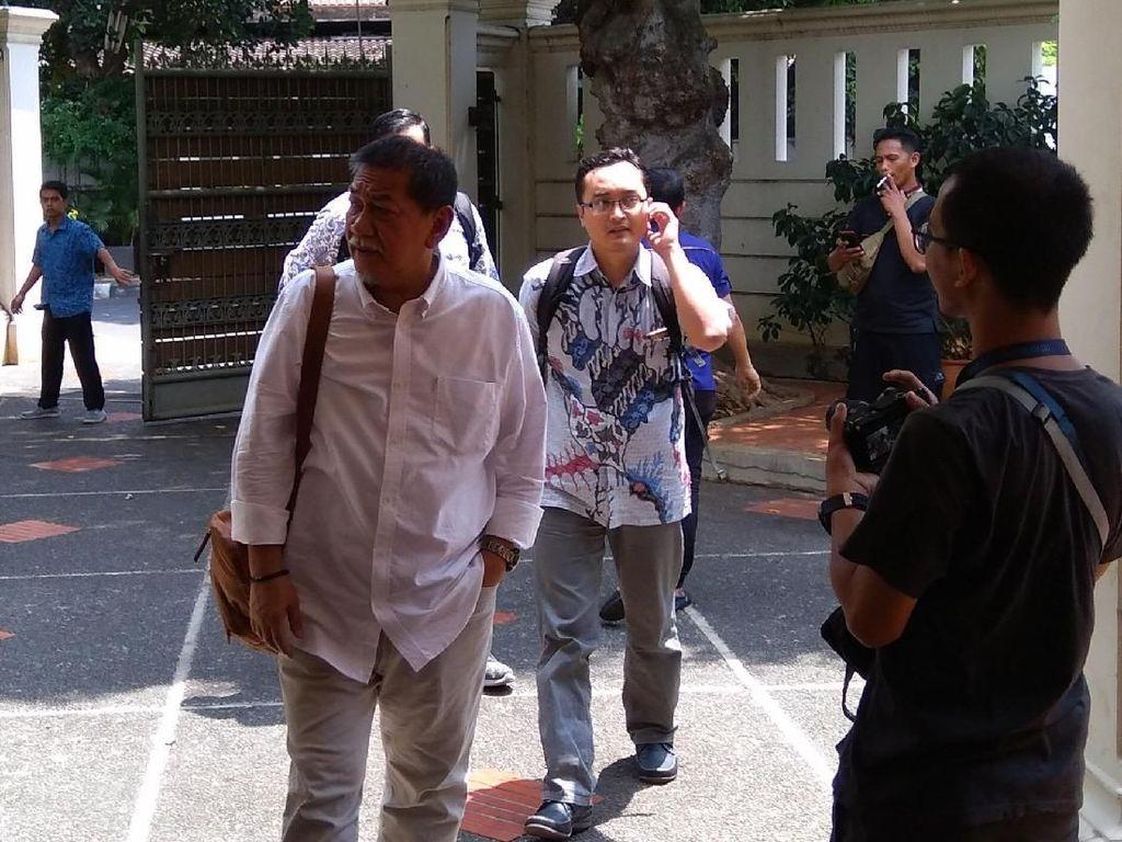 Moeldoko hingga Deddy Mizwar Datangi Posko Jokowi-Maruf