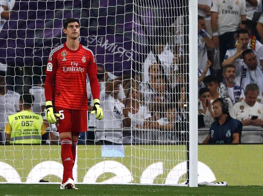 Courtois Membandingkan Madrid dengan Chelsea
