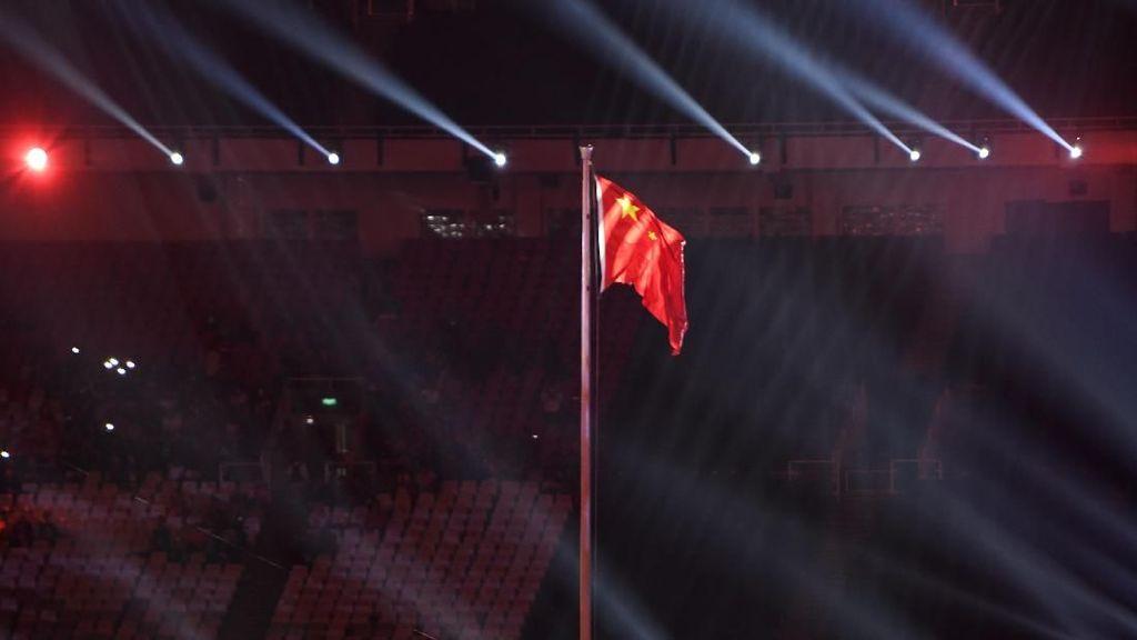 Foto: Pengibaran Bendera China Sebagai Tuan Rumah Asian Games 2022