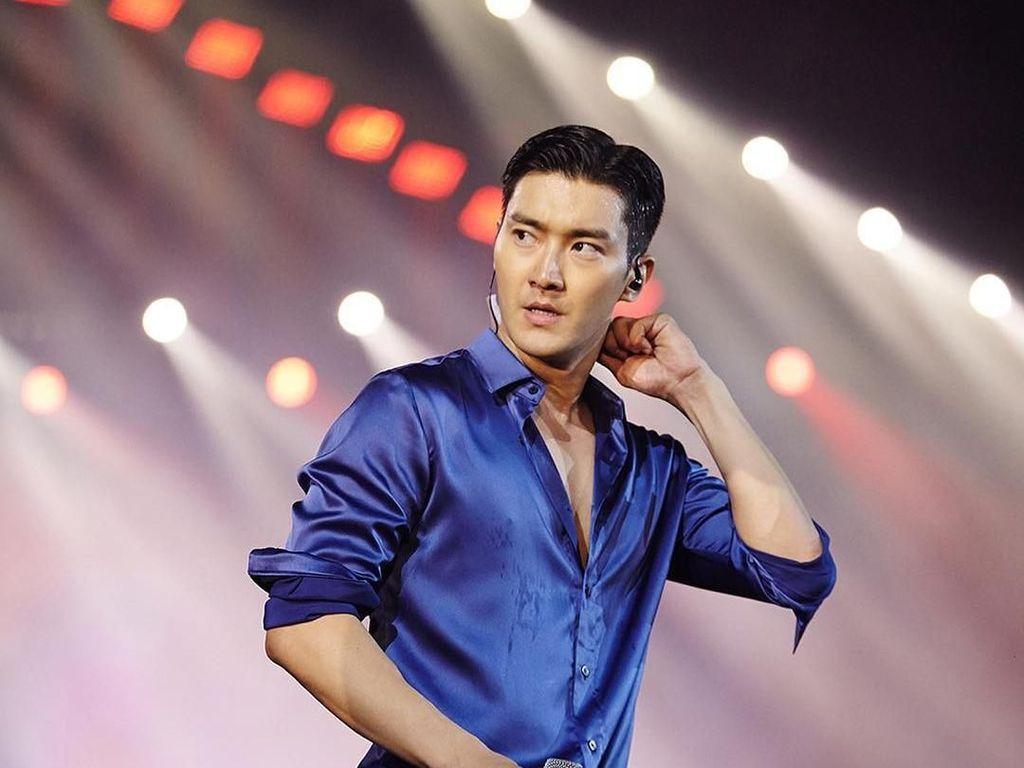 Kejutan Choi Siwon untuk Fanmeeting Pertamanya di Jakarta