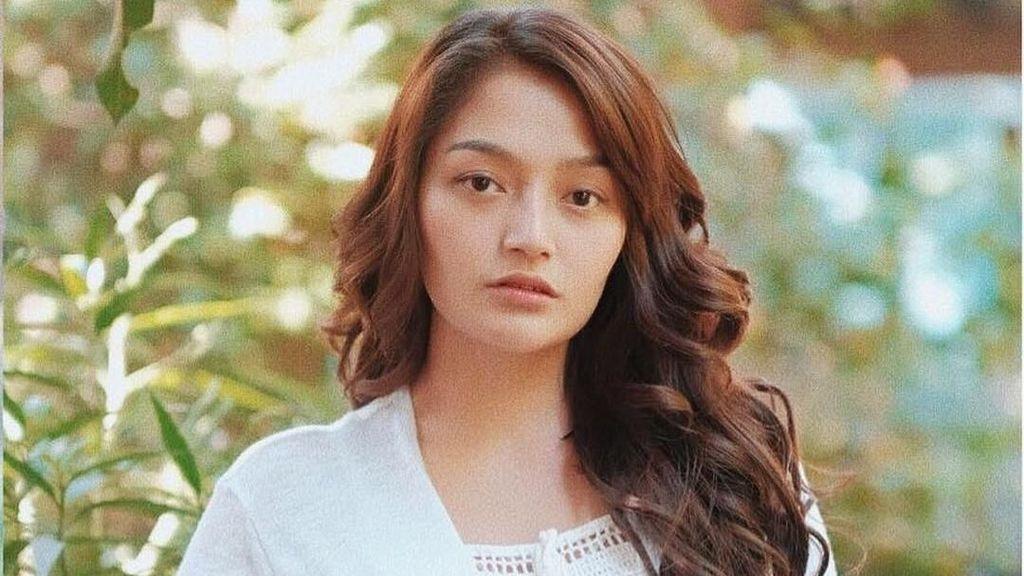 Siti Badriah Cantik di Asian Games, Seperti Ini Jika Tak Pakai Makeup