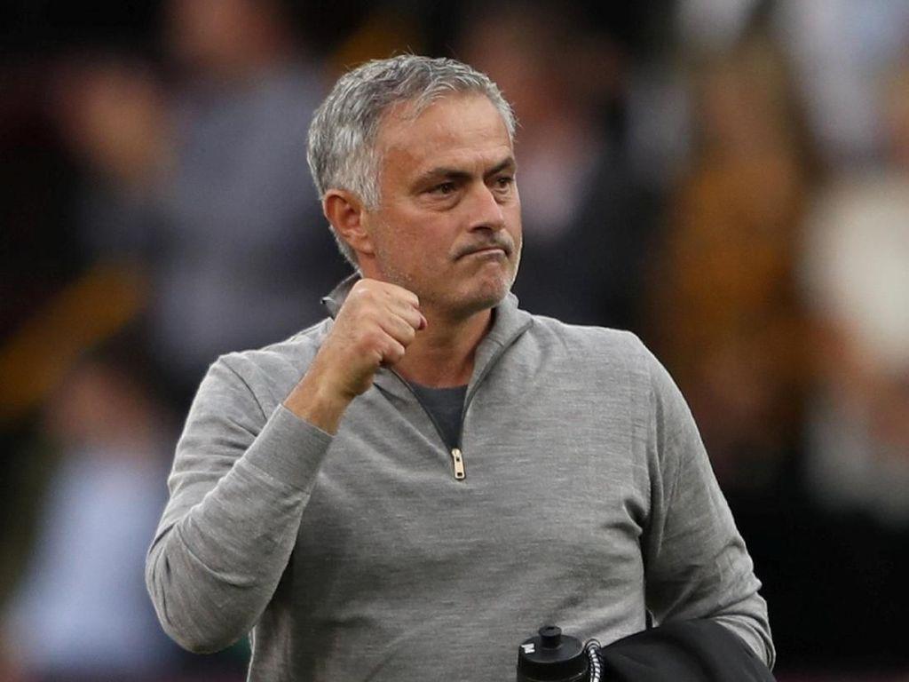 Mourinho Ungkap Tiga Pemain yang Ingin Dipertahankan di Skuat MU