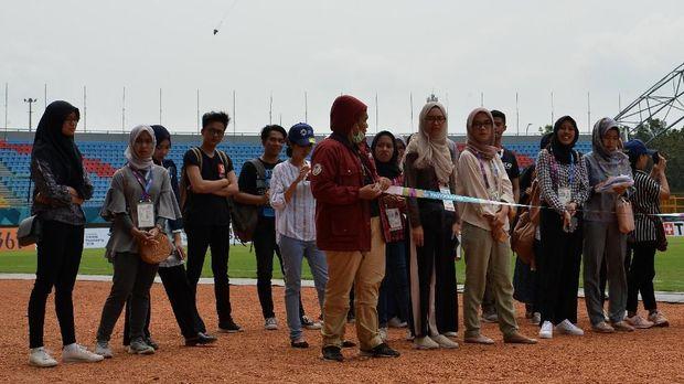 Sukarelawan Asian Games 2018 di Palembang mendapat pelatihan terlebih dulu.