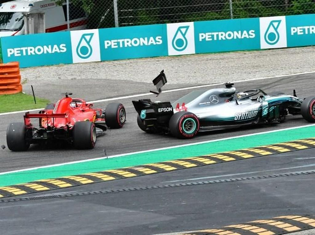Bertabrakan di GP Italia, Hamilton Tolak Tudingan Vettel