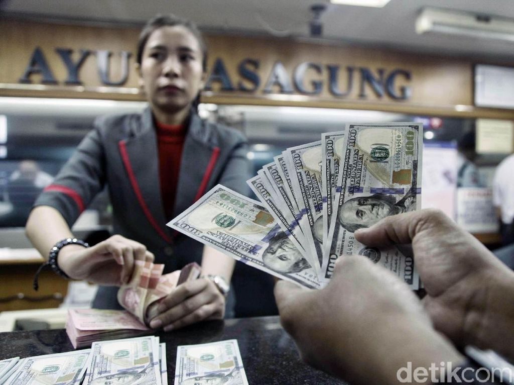 Dolar AS Loyo ke Rp 14.364 Jelang Libur Lebaran