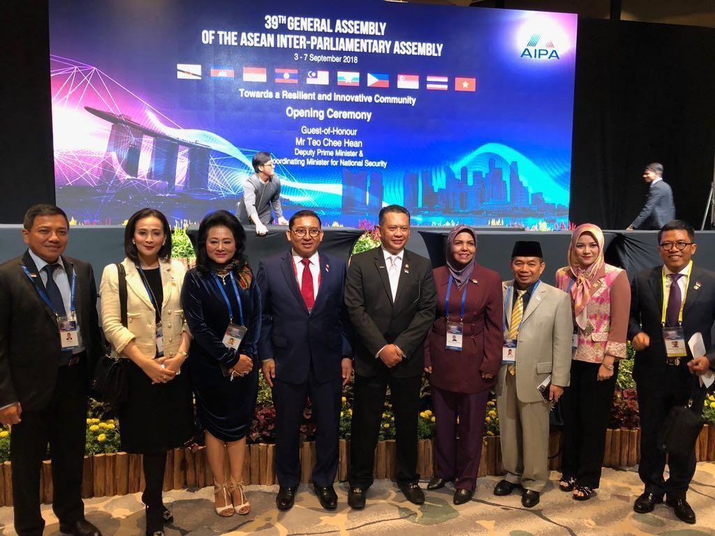 Di Singapura, Ketua DPR Ajak Negara ASEAN Kuatkan Kerja Sama Kawasan