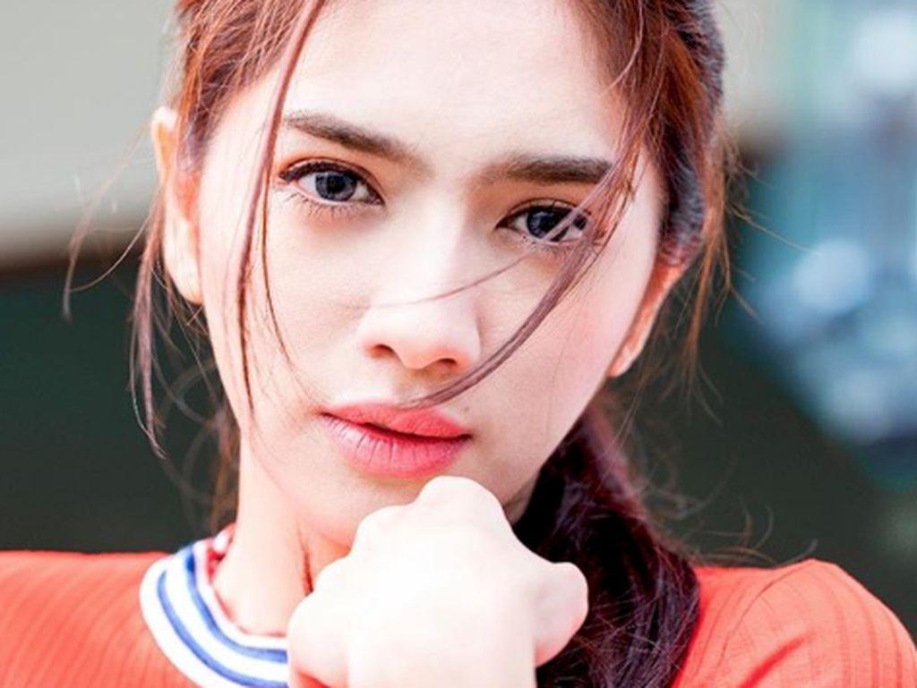 Cantiknya Angel Karamoy dari Balik Lensa Jose Purnomo