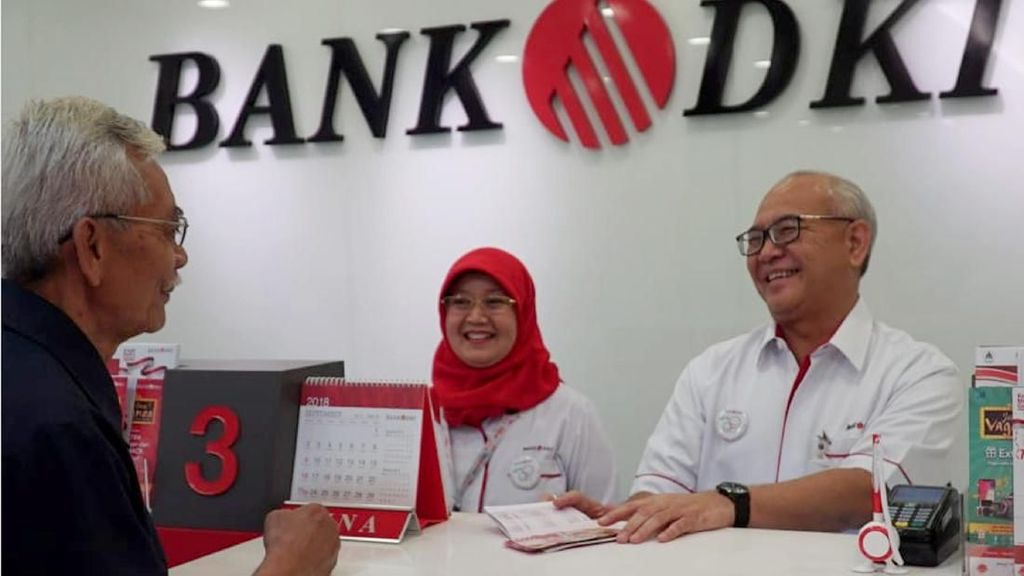 Harpelnas, Direksi Bank DKI Turun Gunung Layani Nasabah
