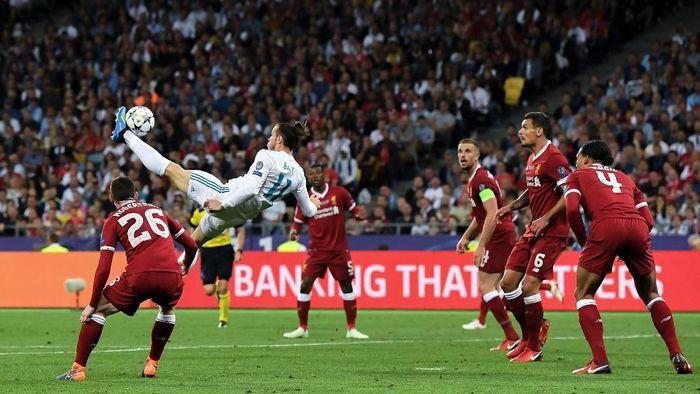 Gareth Bale jadi kandidat peraih Puskas Award lewat gol saltonya ke gawang Liverpool, pada final Liga Champions 2017/2018 lalu. (Foto: David Ramos/Getty Images)