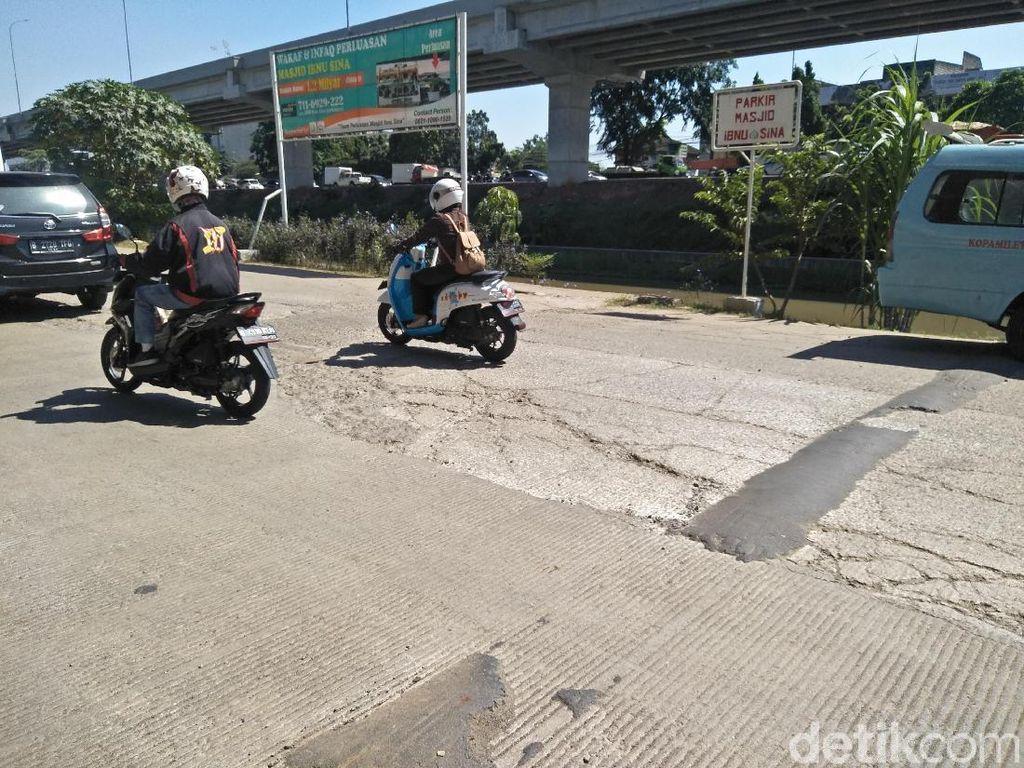 Akses Jalan Kalimalang Cocok Untuk Berlatih Offroad