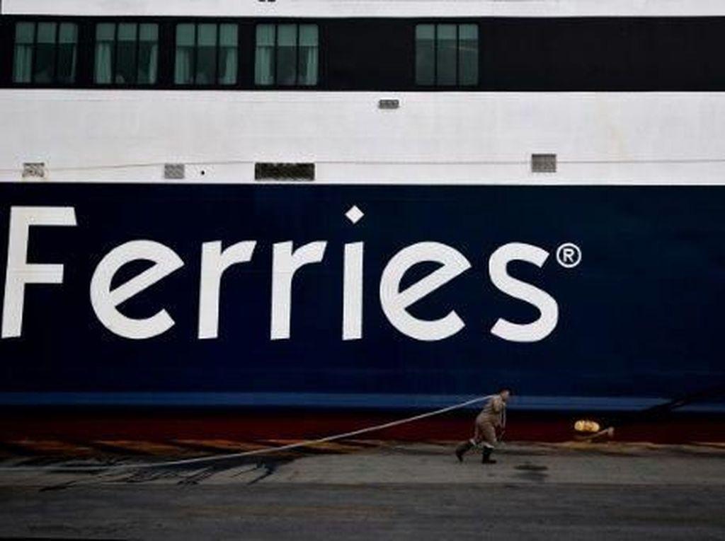 Pria Muda Nekat Lompat dari Kapal, Patroli Pantai AS Lakukan Pencarian
