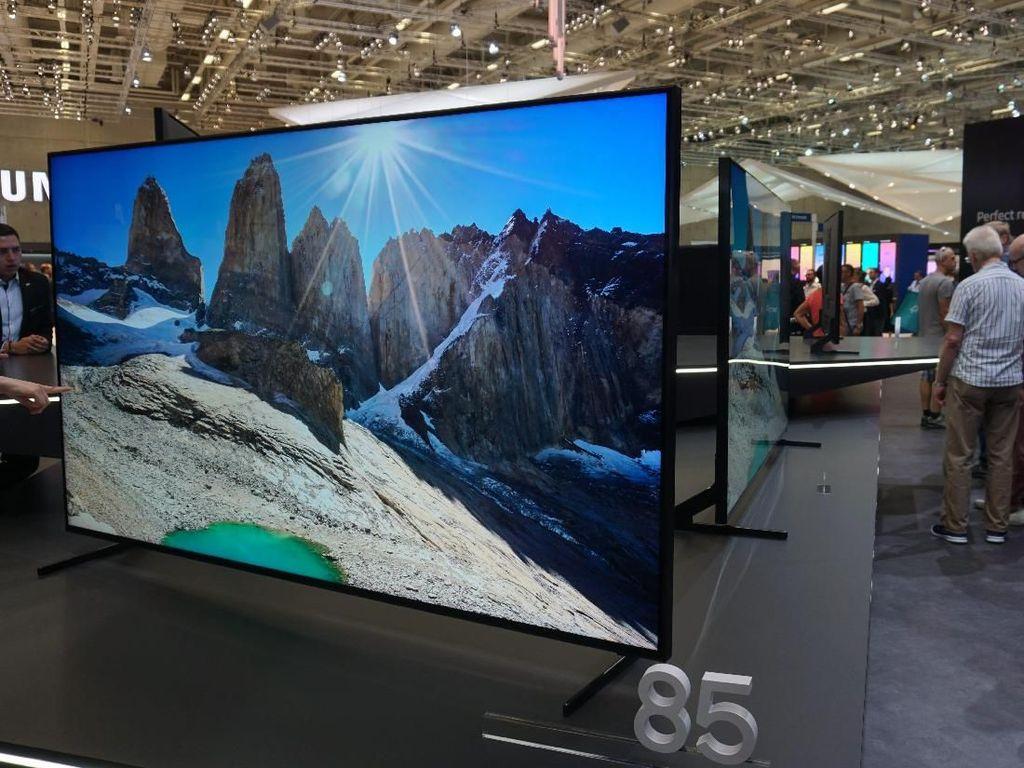 Penampakan Televisi 8K Super Cemerlang Samsung dan LG