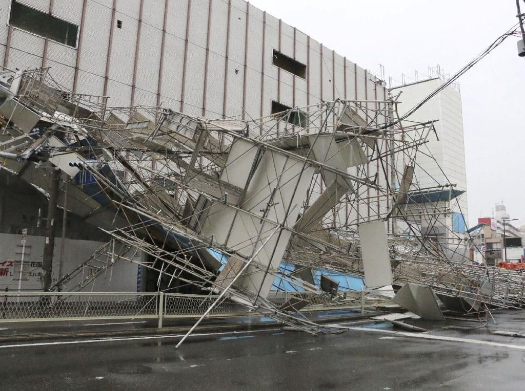Terjangan Topan Jebi di Jepang Tewaskan 6 Orang