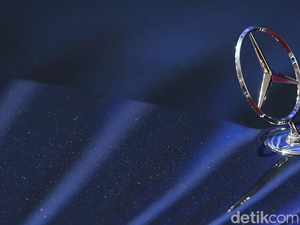 Mercedes-Benz Recall 2,6 Juta Unit Mobil, Ini Sebabnya