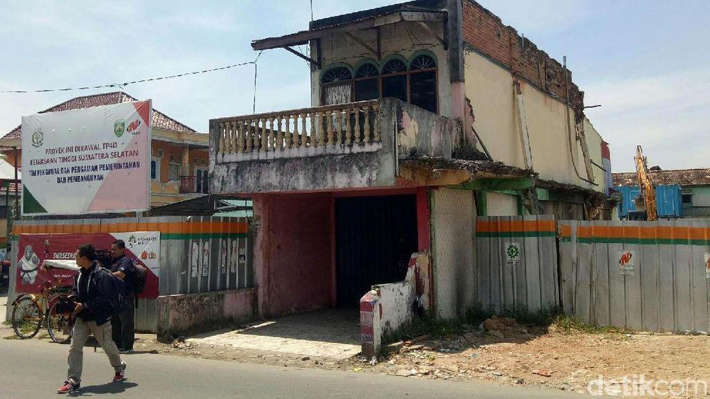 Penampakan Rumah di Tengah Proyek Jembatan Musi VI Palembang