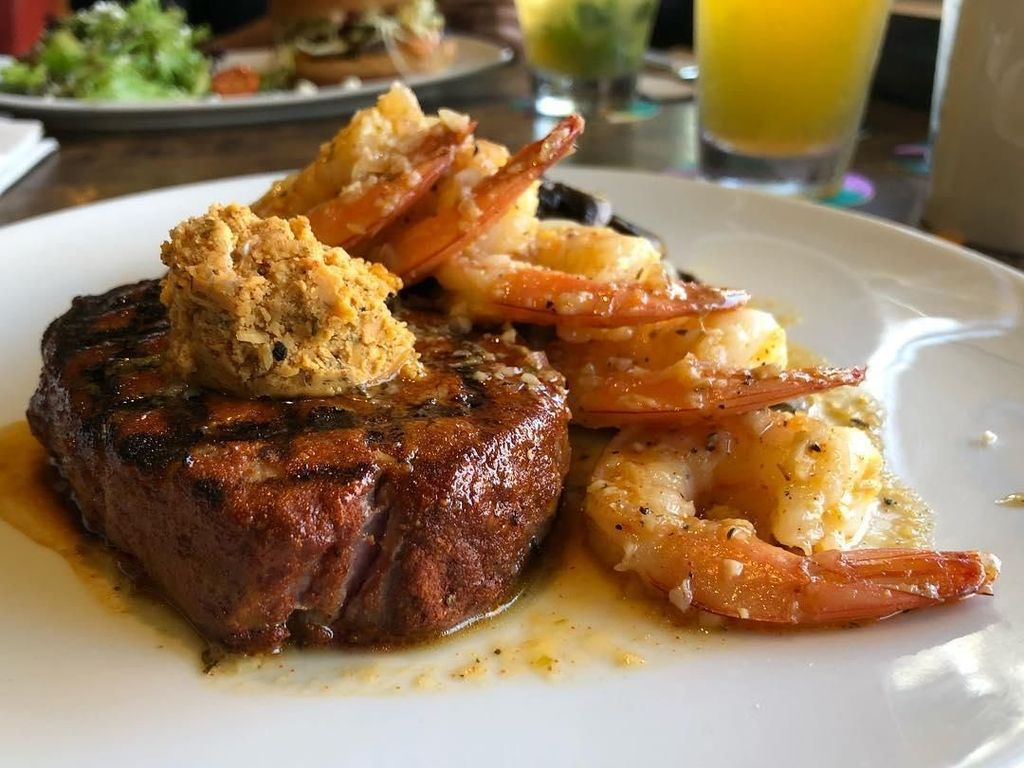 Nyam! Ini 10 Fillet Steak Juicy Plus Mashed Potato Buat Makan Siang