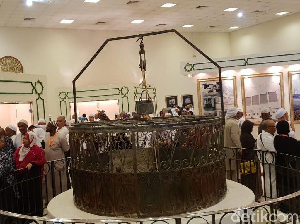 Melihat Pernak-pernik Kuno 2 Masjid Suci di Museum Haramain
