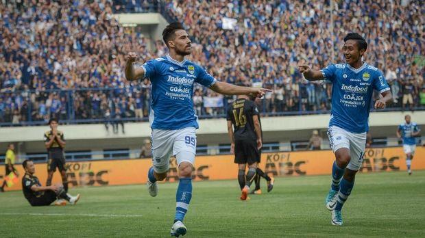 Persib akan menghadapi Arema FC di Stadion GBLA, Kamis (13/8).