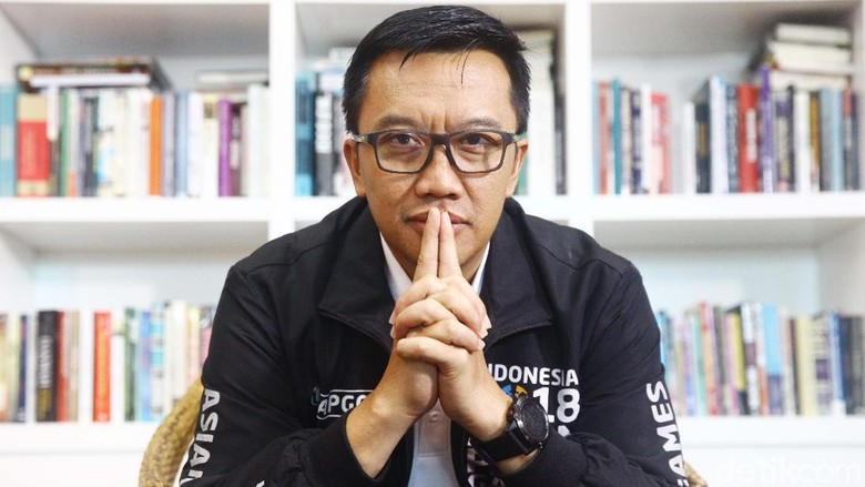 Kala Menpora Ungkap Rp 9 M Barang Negara Ada di Roy Suryo