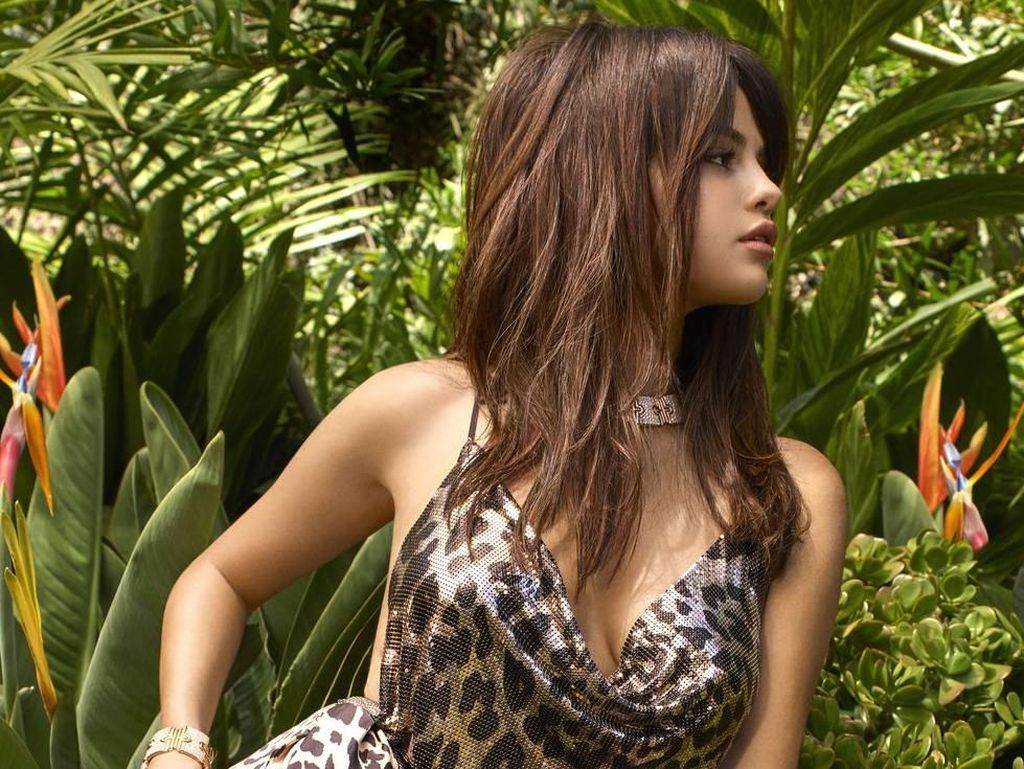 Dylan Sprouse, Pria yang Dapat Ciuman Pertama Selena Gomez