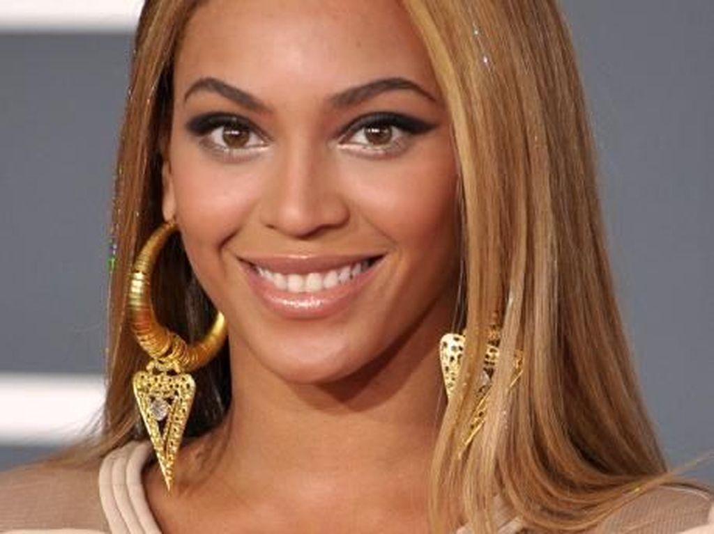 Perawat Dipecat Karena Jadi Beyonce Saat Halloween, Ini Alasannya