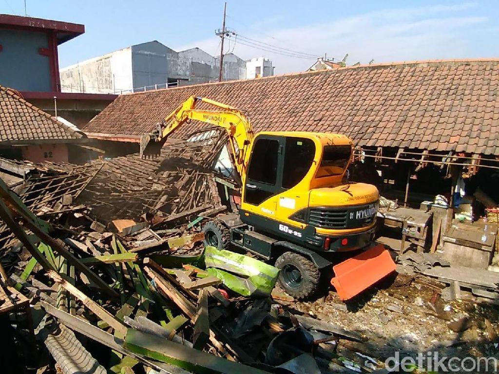 Pemindahan Pasar Unggas Keputran ke Pasar Panjang Jiwo Ditentang