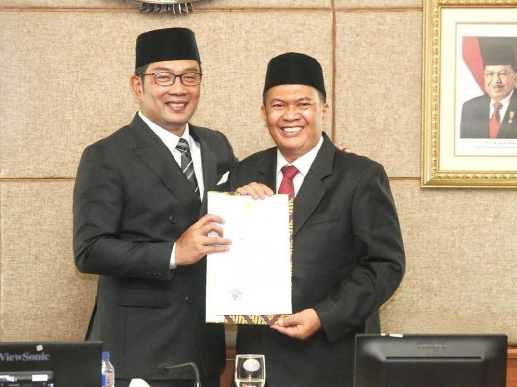 Hari Pertama, Ridwan Kamil Angkat Plt Wali Kota Bandung