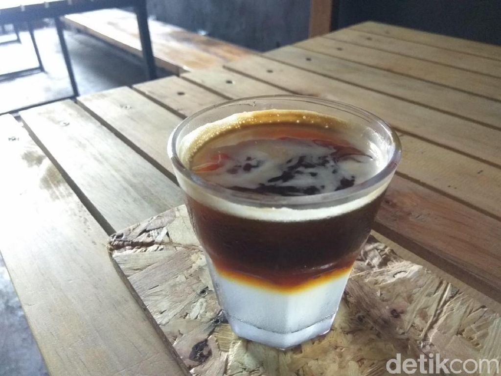 Sluurp! Segarnya Nirapresso, Kopi Bercampur Nira Khas Aceh
