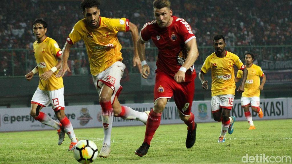 Persija Dikalahkan 10 Pemain Selangor FA