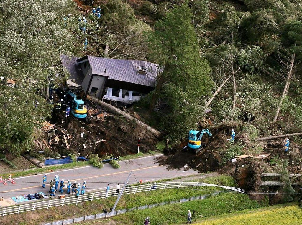 9 Orang Meninggal Akibat Gempa dan Longsor di Hokkaido Jepang