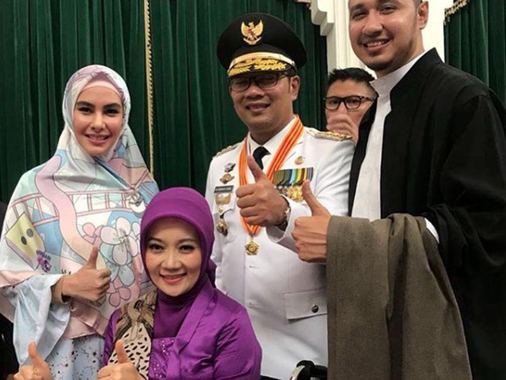 Posting Foto Bersama Habib Usman, Kartika Putri Go Public!