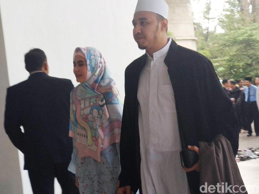 Karena Kartika Putri Sudah Lama Tergila-gila dengan Habib Usman...