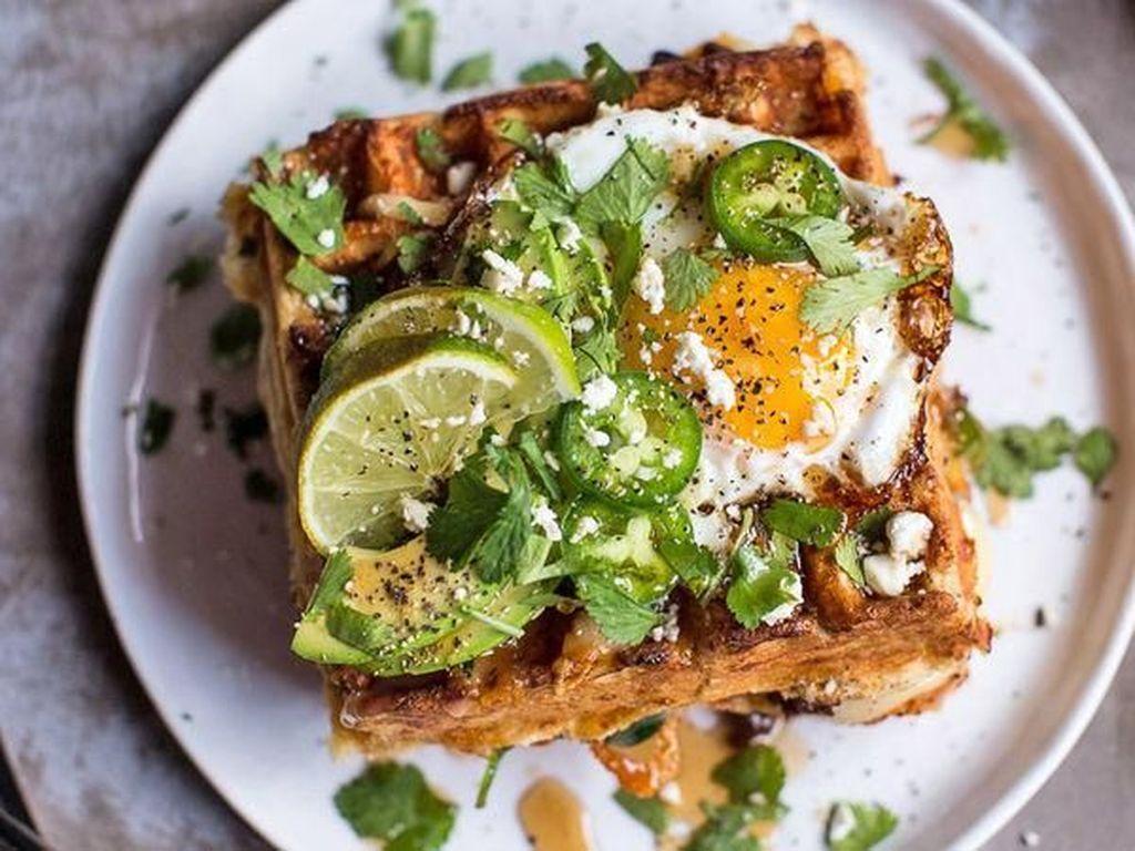 Waffle dengan Topping Telur hingga Ayam Goreng Juga Enak