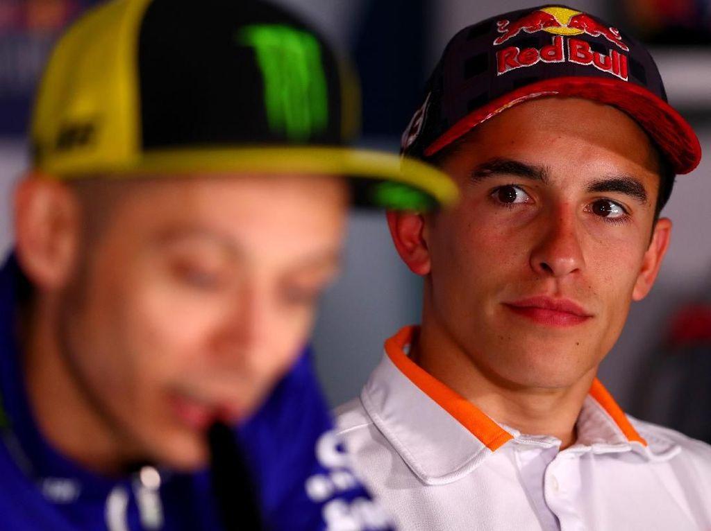 Satu Gelar Lagi Marquez Sejajar Rossi