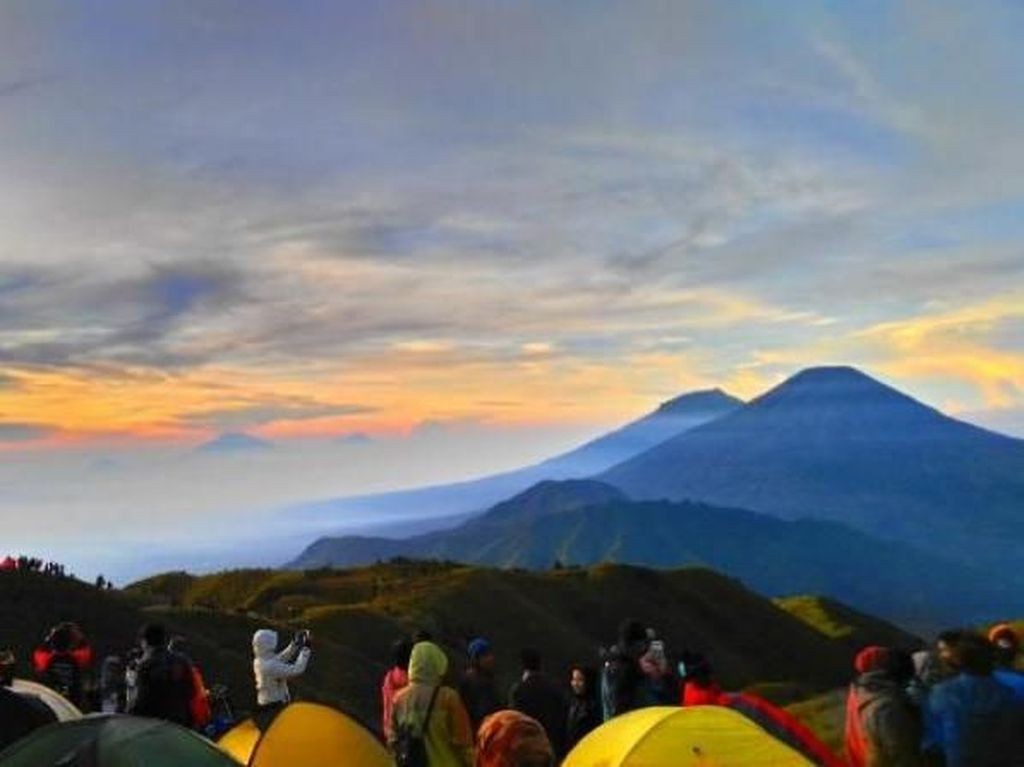 Gunung Prau Dieng Tetap Mempesona