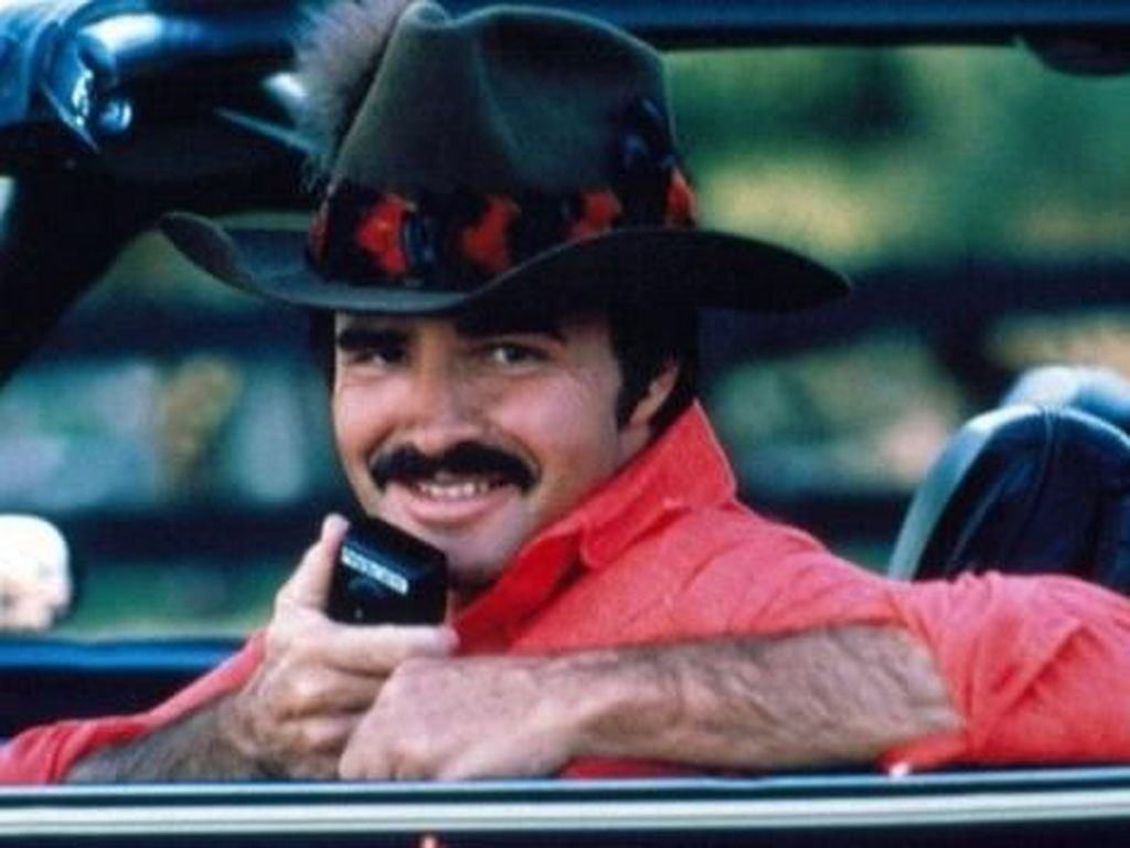 Duka Mendalam Burt Reynolds dari Rambo Hingga Simbol Seks 70an