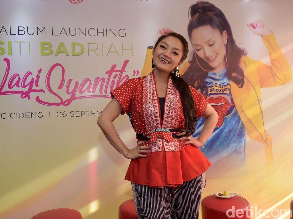 Mimpi Tinggal di Apartemen, Siti Badriah Kini Beli Rumah di Cibubur