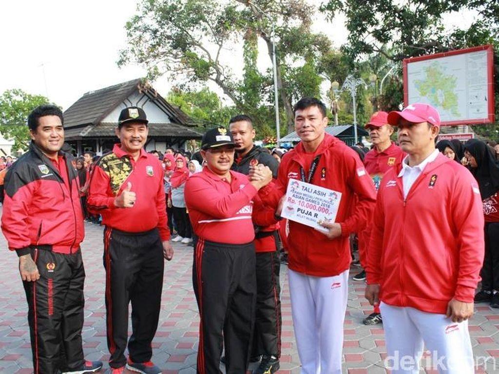 Dua Atlet Wushu Asal Semarang Diarak dan Diberi Bonus