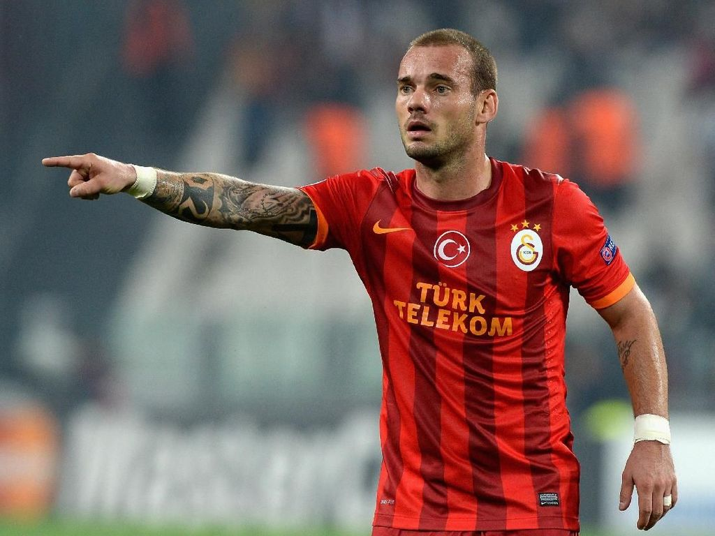 Transformasi Wesley Sneijder: dari Atletis Jadi Tambun