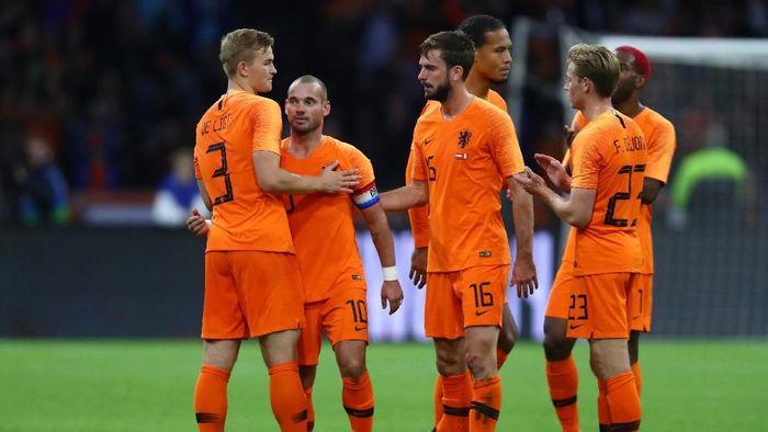 Belanda menang 2-1 atas Peru di laga uji coba. (Foto: Dean Mouhtaropoulos/Getty Images)