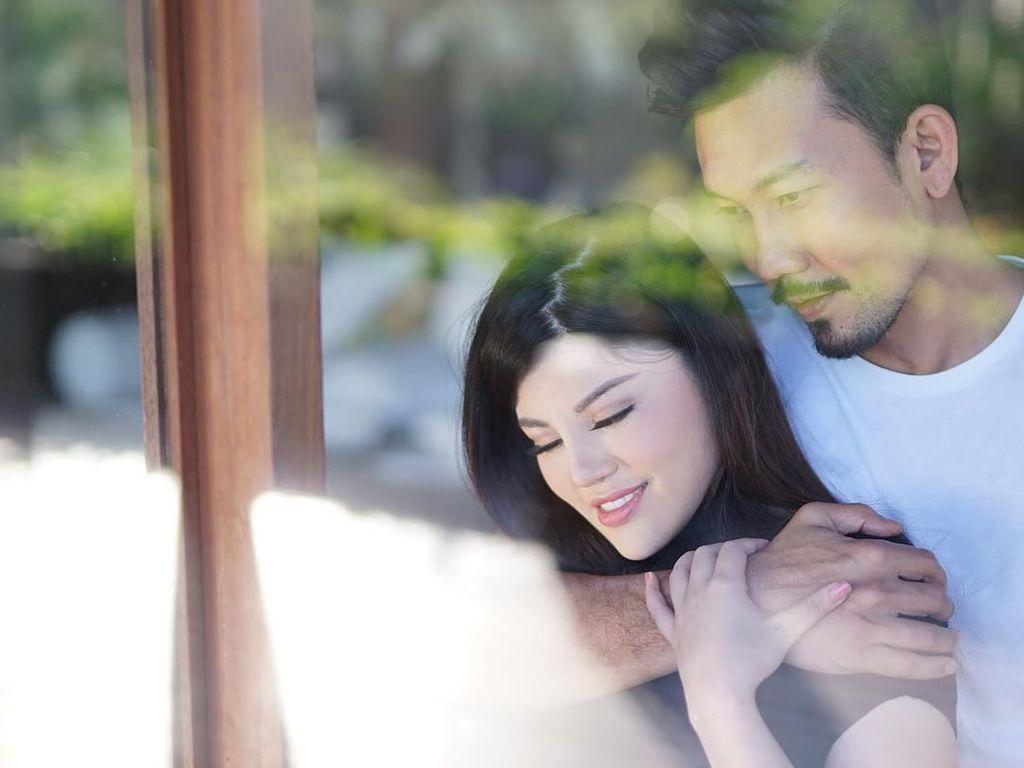 Denny Sumargo dan Dita Soedarjo Batal Menikah?